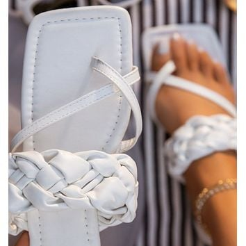 New women's sandals and explosive shoes woven flat slippers