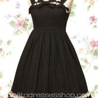 Black Straps Sleeveless Empire Knee-length Gothic Lolita Dress With Vertical Pleats Style
