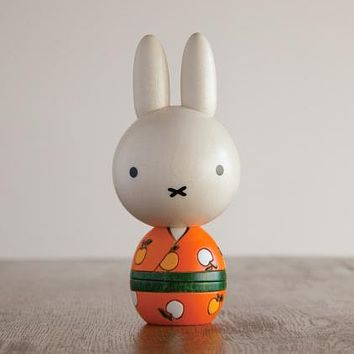 Usozaburo Kokeshi Miffy Apple KOKESHI Doll