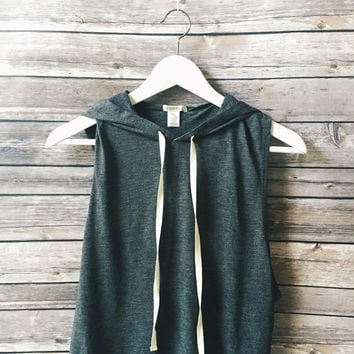 Charlie Tie Hooded Tank (Gray)