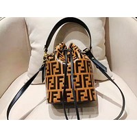 FENDI selling casual bucket bag full of prints and a stylish lady's shopping shoulder bag