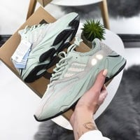 "shosouvenir Adidas Originals YEEZY BOOST 700""Salt""Jogging shoes"