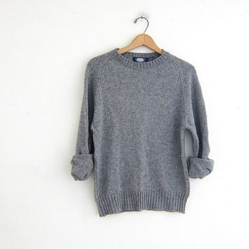 vintage gray sweater. wool knit pullover. basic sweater.