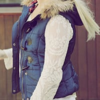 Cle Elum Vest in Navy