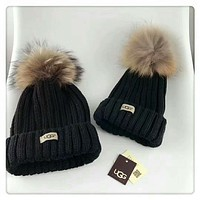 UGG Autumn and winter large fox fur ball wool hat leisure wild knit hat parent-child cap Black