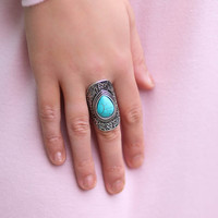 Crushing Tide Silver Ring With Turquoise Stone