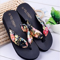 Woman Fashion flip flops Bohemia Floral Beach Sandals Wedge Platform Thongs Slippers