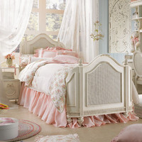 Cadence Cameo Mansion Bed