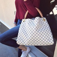 Louis Vuitton LV thick handle handbag fashion lady handbag shopping bag shoulder bag