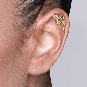 Solid 14k Gold Leaves And Berries From