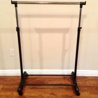 ROLLING CLOTHING RACK retail clothes garment display Commercial Wheels One pole