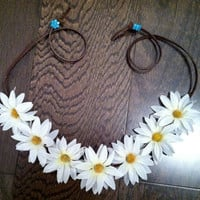 White Daisy Flower Headband, Flower Crown, Flower Halo, Festival Wear, EDC, Ezoo, Coachella, Rave, Beach, Hippie Headband