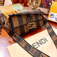 Fendi 2020 New Women's Retro Canvas Messenger Bag Handbag Shoulder Bag
