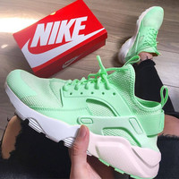 NIKE AIR HUARACHE Middle Tops Wallace 4 Generation Shoes Green B