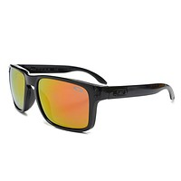 Oakley Mens Latch Squared Sunglasses, Matte Rootbeer/Dark Brown Gradient