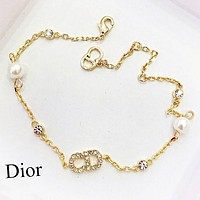 DIOR Fashion Woman Diamond Pearl Bracelet Hand Catenary Accessories Jewelry