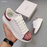 Alexander McQueen Fashionable casual white shoes