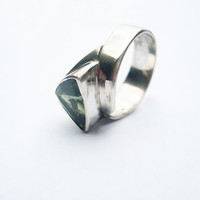 Stone .Emerald silver ring precious stone set in a handmade sterling silver ring size 10 ring