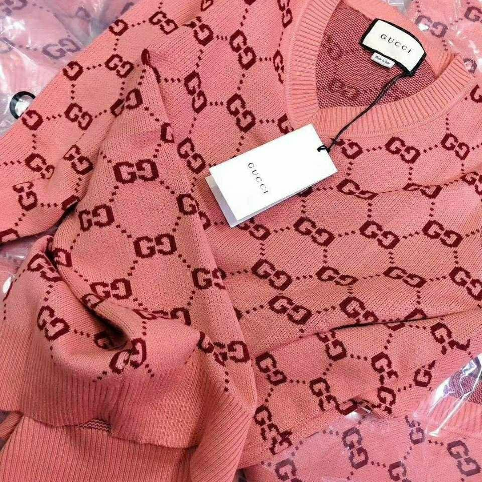 Image of GUCCI GG Pink Pullover Sweater