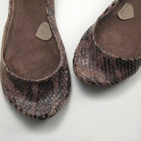 Choco Brown Snake Ballet Flats by elehandmade on Etsy