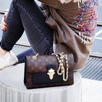 LV hot selling printed patchwork color wine god shoulder bag fashionable lady shopping bag Coffee print+Black