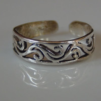 Tribal Toe Ring Sterling Silver Adjustable Band Unisex Sexy Beach Foot Jewelry Wave Swril Design Surf