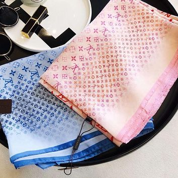 LV Louis Vuitton classic letter embroidery silk scarf gauze shawl silk scarf sunscreen gauze scarf