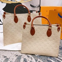 Inseva Louis Vuitton LV New Fashion Women's Embossed Letter Splicing Color Large Capacity Shopping Shoulder Bag Handbag