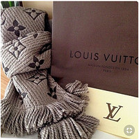 Supergirls22 LV Popular Louis Vuitton Jacquard Cashmere Cape Scarf Scarves Shawl Accessories Grey