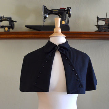 Vintage Black Capelet from Charm of Hollywood, New Old Stock, 100% Wool, Buckles at Neck, 1950s - 1960s Era