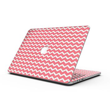 The Deep Pink and White Chevron Pattern - MacBook Pro with Retina Display Full-Coverage Skin Kit