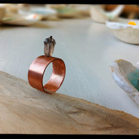 FREE SHIPING. Ring in copper and moon stone