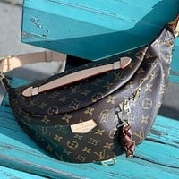 Louis Vuitton LV Classic Zipper Waist Bag Change Mobile Phone Bag Fashion Men's and Women's Shoulder Messenger Bags