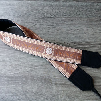 Giraffe Camera Strap. Gift For Him. Birthday Gift.  African Camera Strap. Accessories