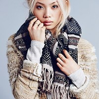 Free People Womens Matterhorn Cozy Scarf