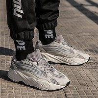 Bunchsun ADIDAS YEEZY 700 Trendy sports casual men's and women's retro sports shoes 3#