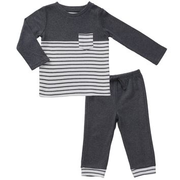 Tee & Pant Outfit