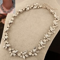 YAZILIND European Gorgeous Leaves Full Crystal Collar Bib Temperament Necklace