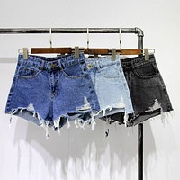 Vintage Hole Shorts Women High Waist Summer Denim Shorts Female Big Size Wide Leg Mini Hot Short Jeans Casual Short Femme C3056