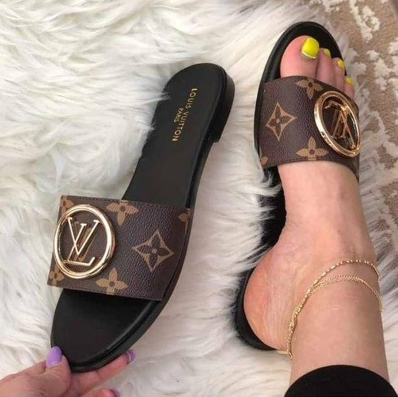 Image of LV Fashion casual slippers