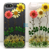 Floral iphone 5 5s 4 4s 5c case cover Dried Dry daisies Pressed Press Flowers Yellow rose Real Clover resin Cute Gift skin Clear Garden