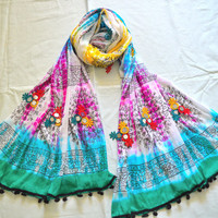 Rajasthani wrinkled multicolored lacey stole