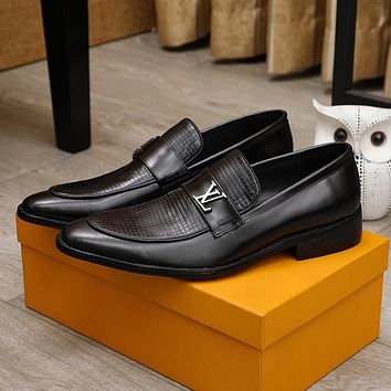 lv men fashion boots fashionable casual leather breathable sneakers running shoes 102