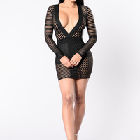 Warms Your Heart Dress - Black