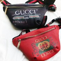 GUCCI Zipper Waist Bag Crossbody Satchel H-AGG-CZDL