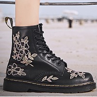 Hot style matching low-heeled flat booties shoes