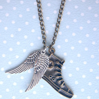Percy Jackson - Hermes shoes - Perseus flying shoes - Greek Mythology - Converse wings necklace