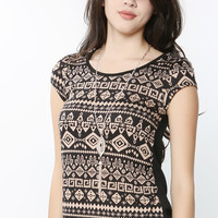 Necklaced Geo Patterned Top