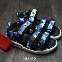 New Balance Fashion Casual Caravan Multi Sandals Camouflage Blue G-AHXF