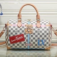 LV Louis Vuitton classic color matching printed letters ladies shopping handbag shoulder messenger bag White